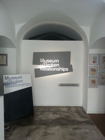 768px-Zagreb_'s_Museum_of_Broken_Relationships_entrance_interior