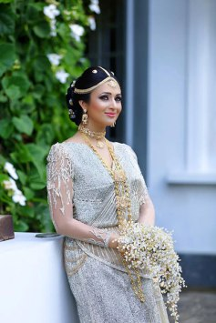 divyanka-tripathi-looks-heavenly-in-the-bridal-avatar-201601-648550