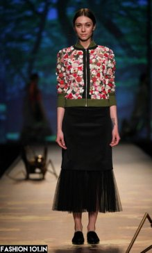 latest-fashion_1458332144